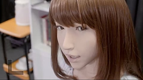Watch Full Movie - הרובוט שפיטר אותי - פרק 1 - לצפיה בטריילר